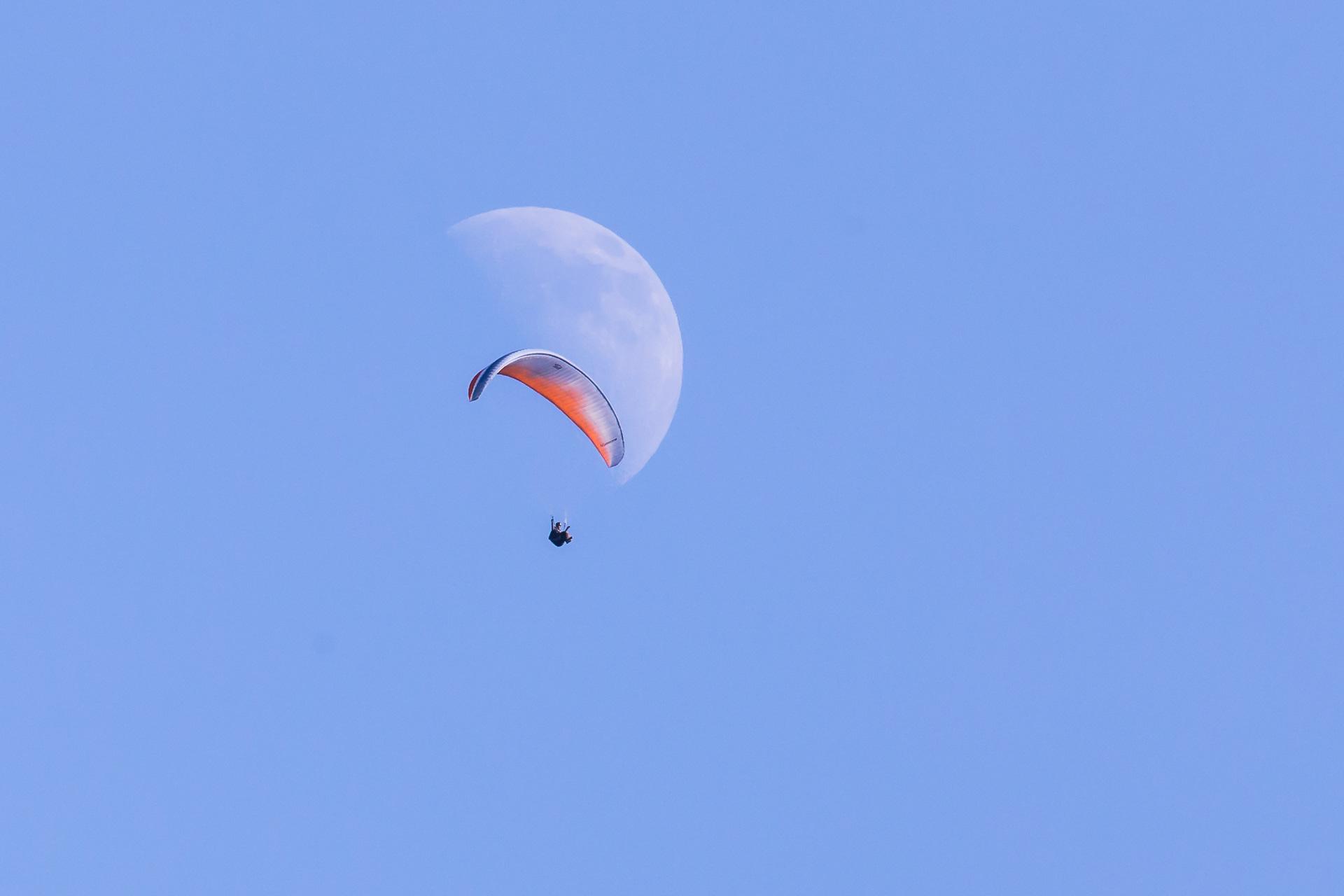 parapente-lune